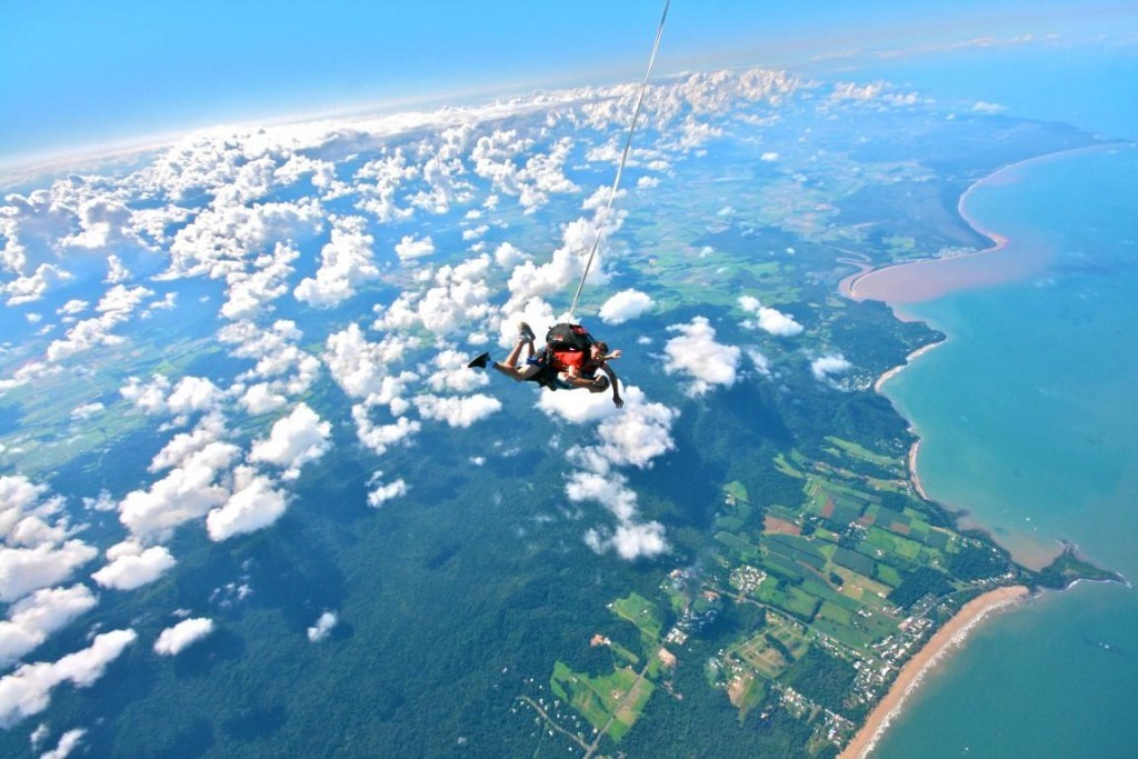 Sky diving in Mauritius
